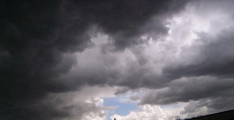 rainy-day-cloudy-stormyy